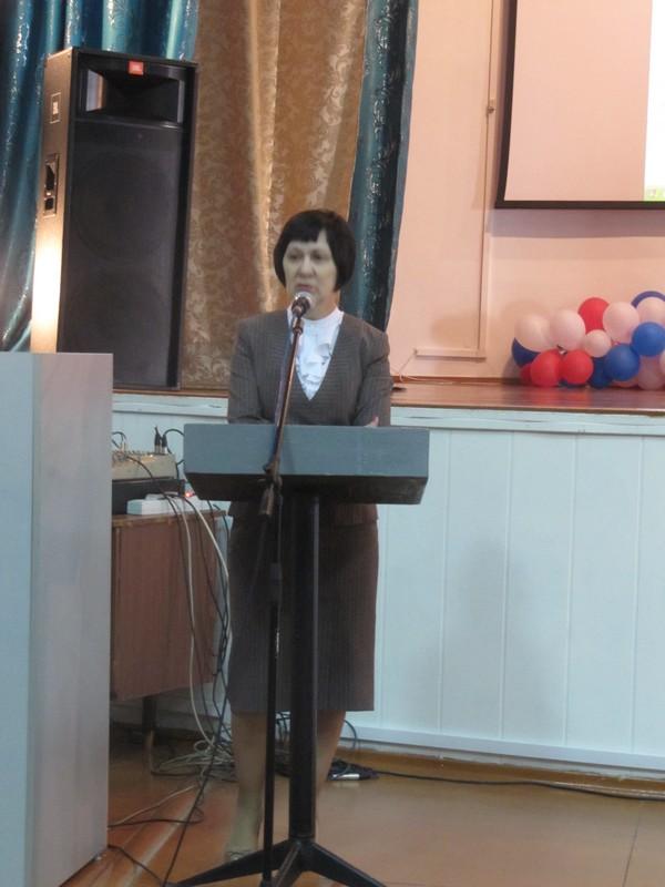 Открывает семинар С.В. Ощенкова, первый зам. министра образования и науки Республики Тыва