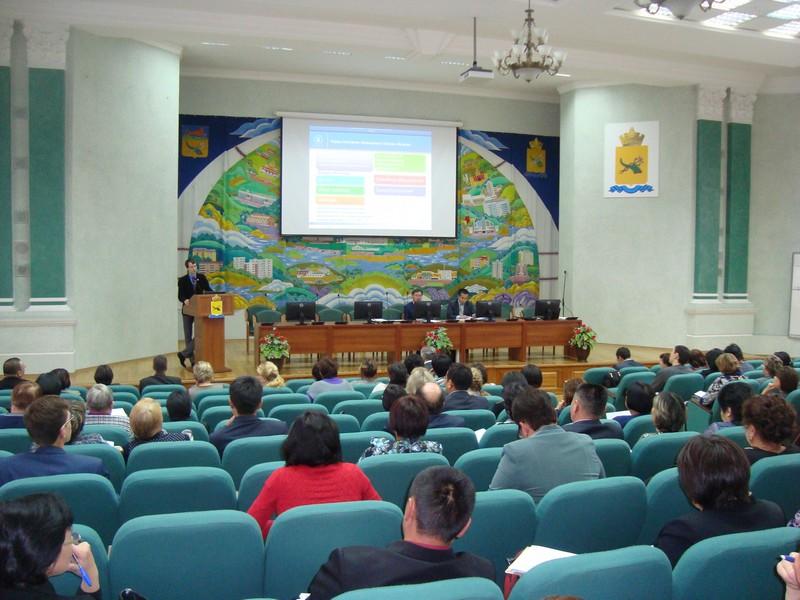 Выступление ведущего семинара С.П.Постылякова